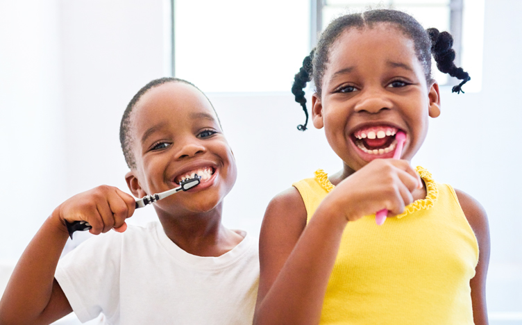 kids-brushing-teeth-752x468.jpg