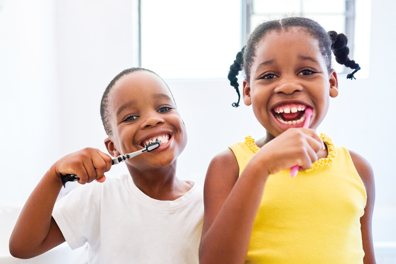 kids-brushing-teeth-800x533.jpg