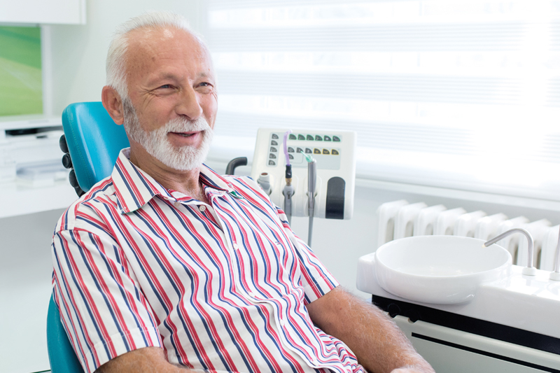 man-in-dental-chair-800x533.jpg